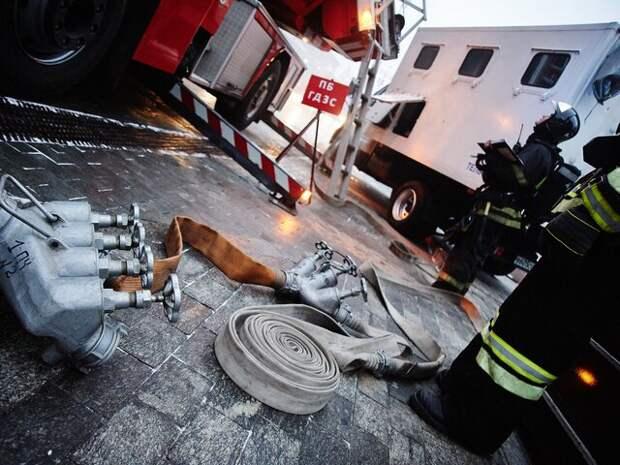 Пожар в бизнес-центре на западе Москвы потушен