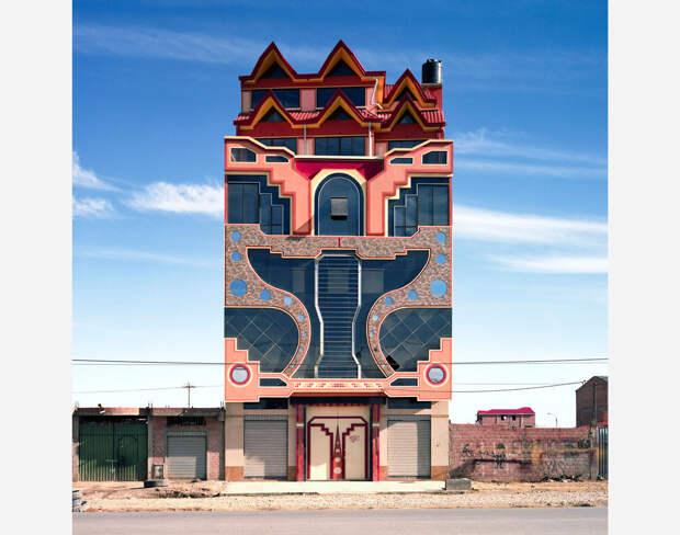 6 ярких фото домов в Боливии, которые больше похожи на арт-объекты, чем на трущобы