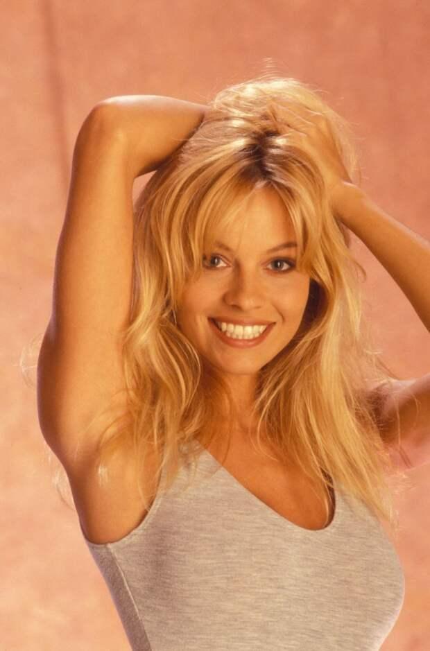 Памела Андресон в роскошной фотосессии 1991 года.