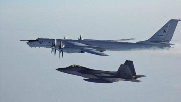 Forbes: ВВС США расконсервирует угрожающую России авиабазу на Аляске