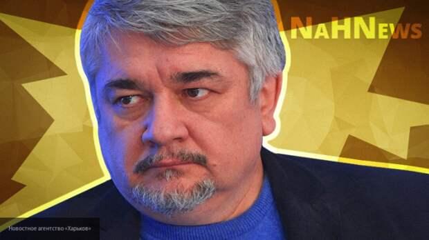 Ищенко: Происходит нагнетание напряженности и постоянное повышение ставок