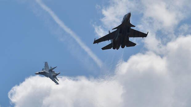 Двойка русских Су-27 обратила в бегство воздушных разведчиков США над Чёрным морем