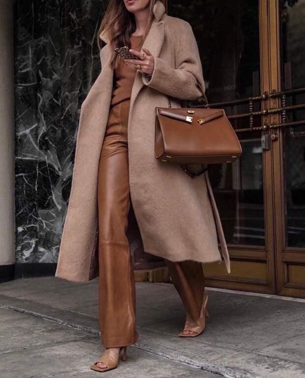 Бежевое пальто 2021: идеи, которые помогут выглядеть красиво