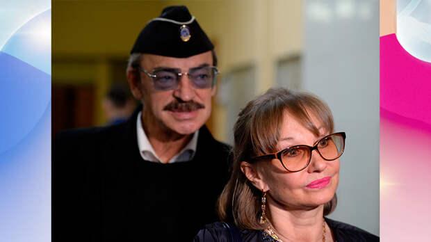 Гагарина разводится, Самойлова требует алименты, Боярский стал водителем, а Пугачёва омолодилась