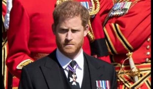 «Настоящее бесстыдство»: принца Гарри разнесли за нападки на королевскую семью
