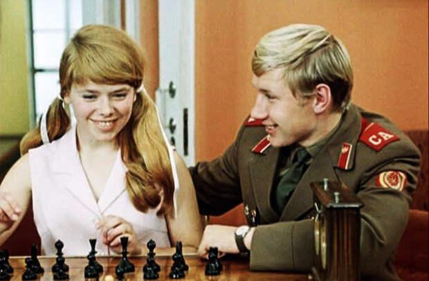 кадр из фильма  «Семь невест ефрейтора Збруева», 1970 год