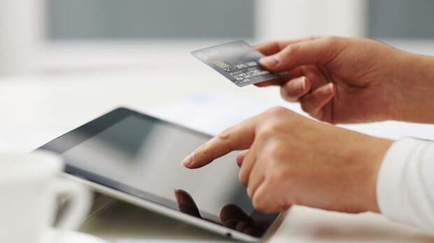 Выход в сеть: за время пандемии россияне стали более чем в два раза чаще покупать товары в интернете