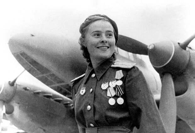 К дню Великой Победы: красивая девочка, Лида…