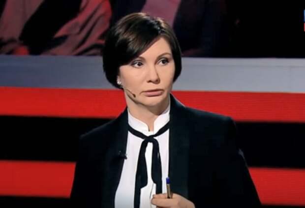 «Можно смело записывать в капо». Елена Бондаренко заявила, что Зеленский и «Слуги народа» превзошли Порошенко