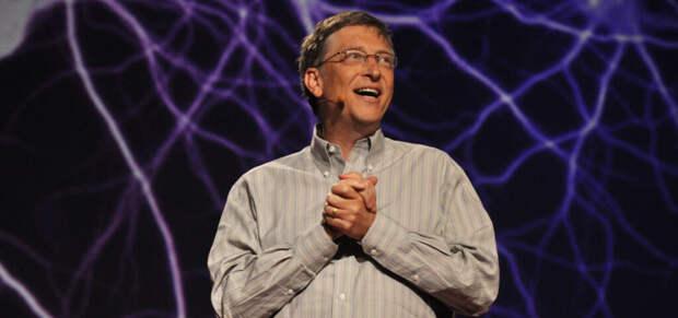 Билл Гейтс приглашал на свидания своих сотрудниц задолго до развода — NYT