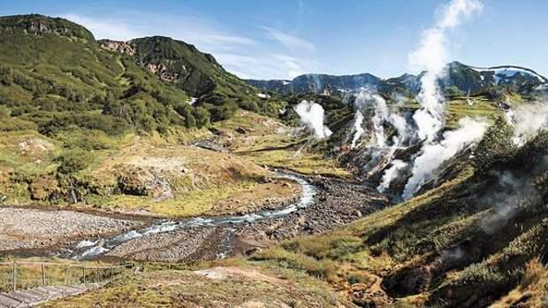 Долину гейзеров на Камчатке могут затоптать туристы