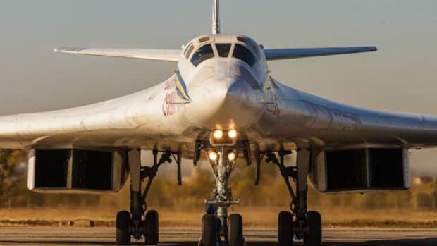 """В NI объяснили, почему """"главная роль"""" российского Ту-160 на параде Победы беспокоит США"""
