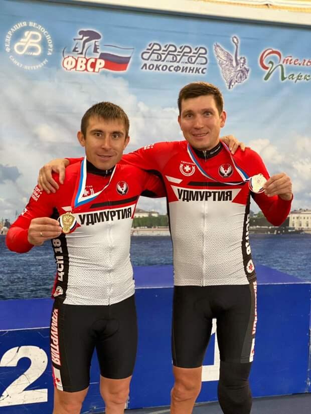 Золото и серебро завоевали паравелогонщики из Удмуртии на Чемпионате России