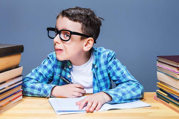 10 лайфхаков, как увлечь ребёнка учёбой