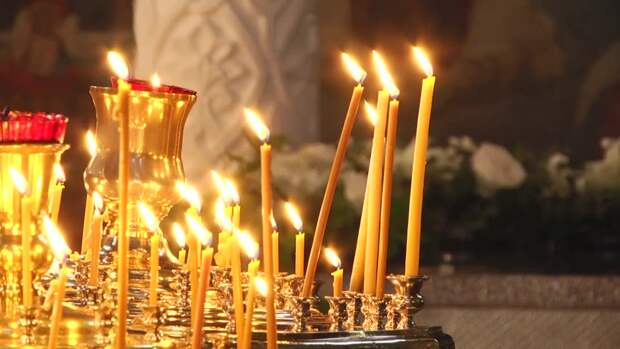 Если упала или потухла свеча в церкви и другие приметы