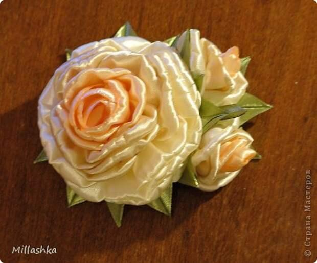"""Сегодня хочу показать вам, дорогие жители СМ, МК """"Пышная роза"""" или, как называю ее я, """"Роза для ленивых"""". Спросите: """"Почему для ленивых?"""". Отвечу: """"Да потому-что проще некуда!Быстро и ооочень красиво!"""" фото 27"""