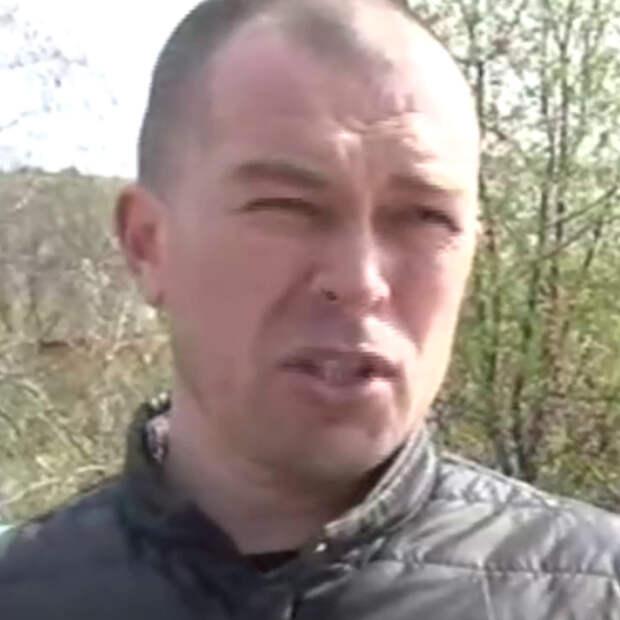 Хабаровчане отобрали у строителей защитные каски в отместку за камнепад