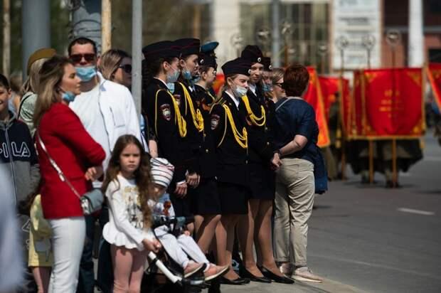 Первый после пандемии. Как вОмске прошел парад Победы