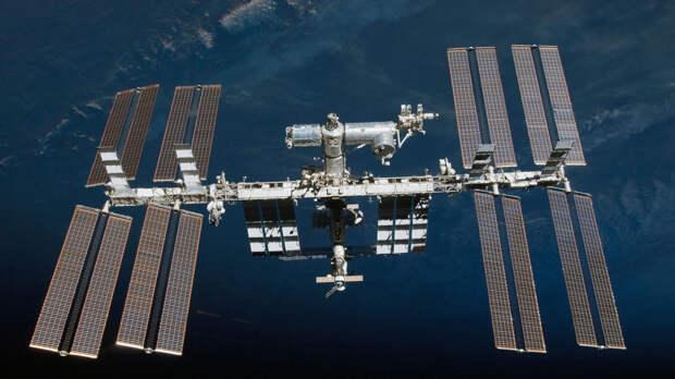 Главные космические новости недели. Лунная миссия почти готова к запуску. NASA может продлить МКС — что делать «Роскосмосу»?