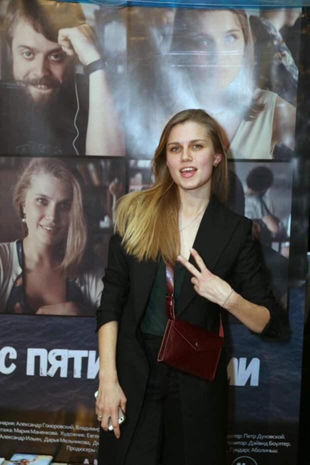 Разведенная Дарья Мельникова призналась, что десять лет была влюблена в Александра Головина