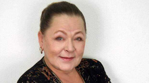 """Убитая горем звезда фильма """"Москва слезам не верит"""" обрела новую семью"""