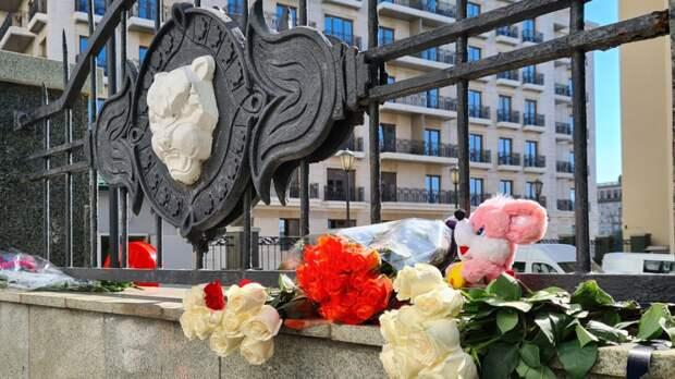 Детский омбудсмен Кузнецова навестила пострадавших при стрельбе в Казани детей