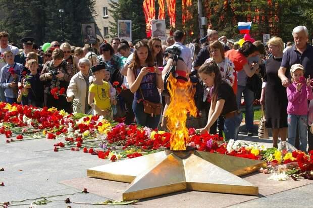 Две трети россиян считают День Победы самым важным праздником