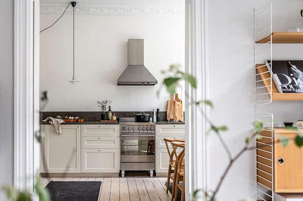Светлая шведская квартира с круглой спальней (91 кв. м)