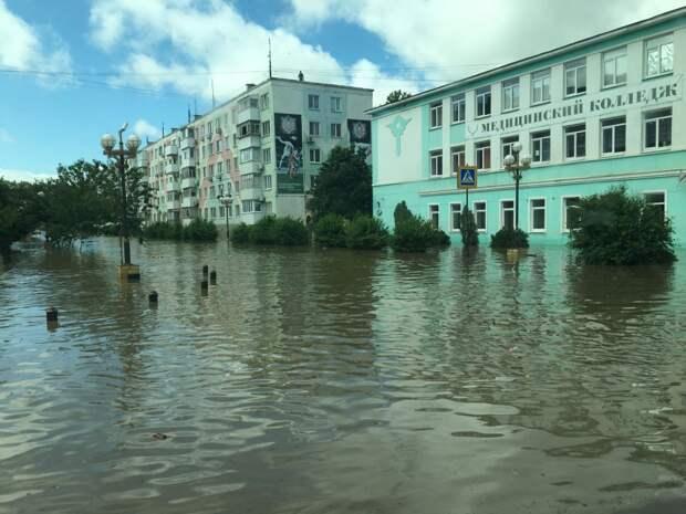Пострадавшим от наводнения в Керчи уже выплатили 22 млн рублей