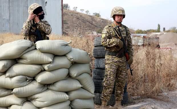 Власти Киргизии и Таджикистана договорились отвести войска от границы