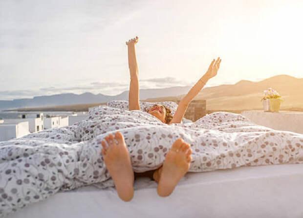 """Чтобы проснуться бодрым: медики Индии рекомендуют для сна правило """"90 минут"""""""