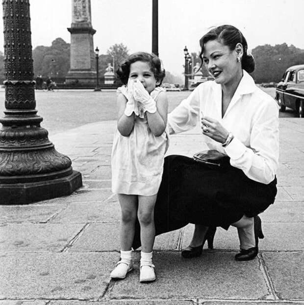 Джин Тирни с дочерью