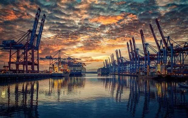 Большой порт Петербурга может переехать в Мурманскую область: где собираются разместить терминалы