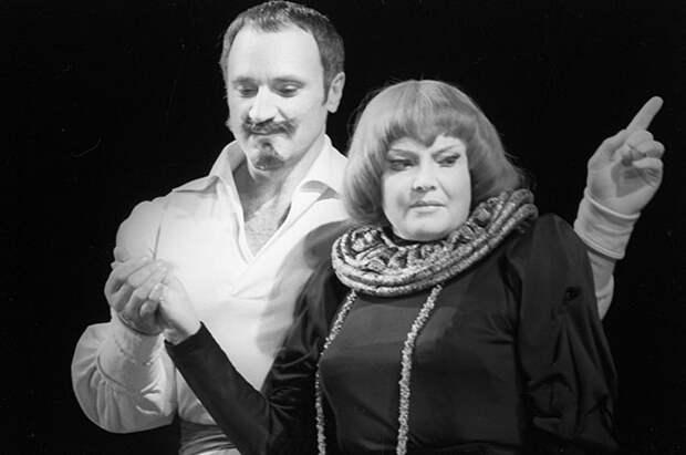 Татьяна Доронина и Борис Химичев. Спектакль по пьесе Роберта Болта «Да здравствует королева, виват!»