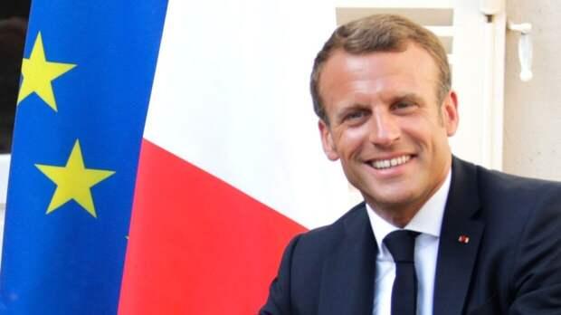 Визит Макрона в Африку развеял надежды Парижа на оживление связей с экс-колониями