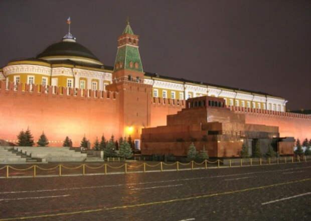 Союз архитекторов объявил и сразу отменил конкурс на реиспользование Мавзолея Ленина