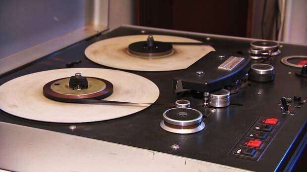 ТРК «Петербург» передаст архиву города более 500 тыс. уникальных записей «Дома радио»