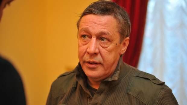 Адвокат оценил новую стратегию защиты Ефремова: Даже покаяние звучало убедительнее