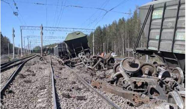 ВКарелии произошла задержка поездов из-за схода вагонов спутей