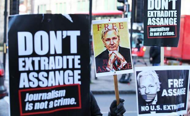 Ассанжа обвинили на базе ложных показаний социопата и осужденного педофила