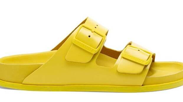"""Daily Mail: """"Уродливые"""" сандалии вернутся в моду из-за коронавируса"""