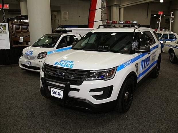 Банды и копы Нью-Йорка: самые зрелищные экспонаты автосалона NYIAS