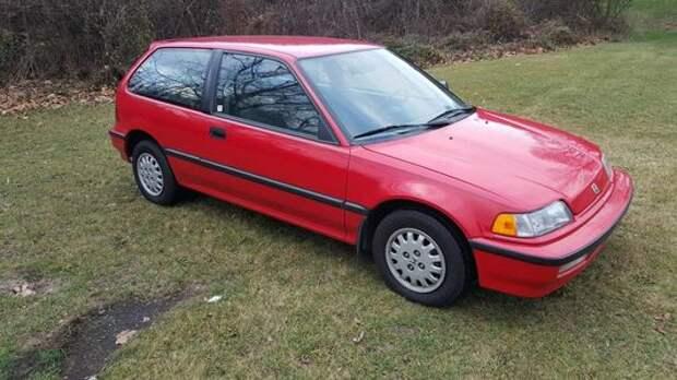 Бабушка ездила в церковь: идеальная Honda Civic 1991 года на продажу!