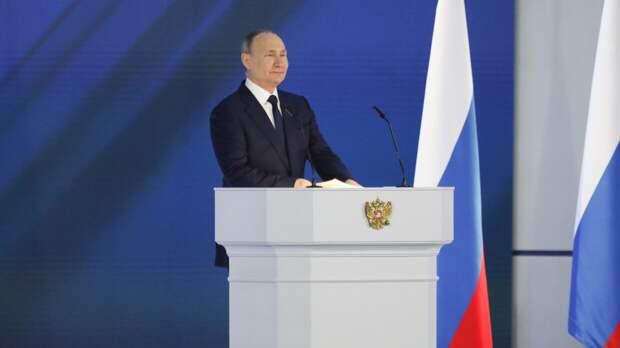 Владимир Путин впервые возглавил Россию ровно 21 год назад