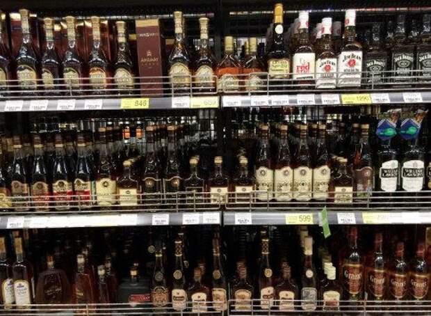 С 2021 года в России повысят минимальные цены на алкоголь