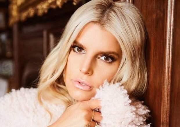 Как Джессика Симпсон выглядит без макияжа и фильтров: 40-летняя певица опубликовала честное селфи