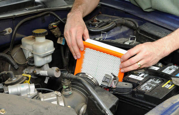 3 ошибки при замене воздушного фильтра, которые могут быть губительны для автомобиля