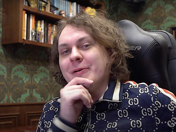 «Интерфакс»: следователи разыскивают человека, опубликовавшего в сети песню блогера Хованского