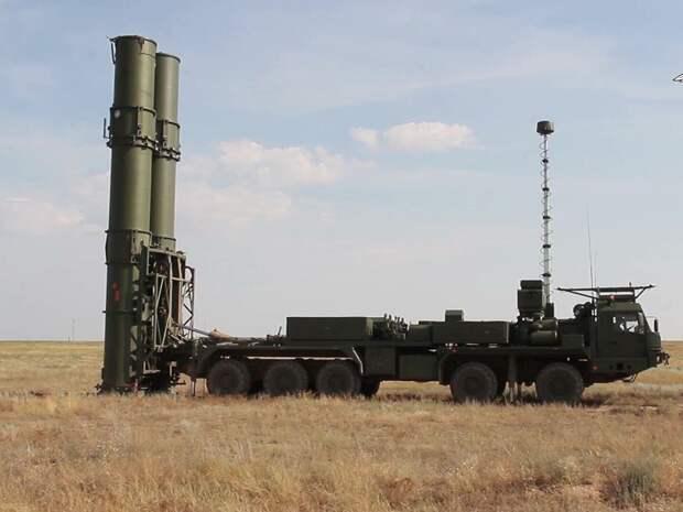 Москву прикрыли от ударов из космоса...