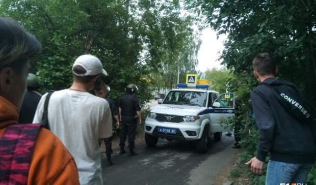 Пьяный мужчина требовал отменить гомосексуализм и стрелял по прохожим в Екатеринбурге